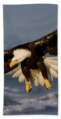 Bald Eagle In Action Bath Towel