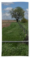 Barbed Wire Fence Line Bath Towel