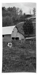 Bath Towel featuring the photograph Barn 4 by Mike McGlothlen