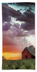 Barn In Stormy Skies Bath Towel