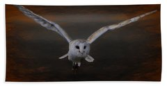 Barn Owl Drama Bath Towel