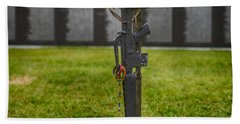 Battle Field Cross At The Traveling Wall Bath Towel
