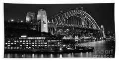 Beautiful Sydney Harbour In Black And White Hand Towel