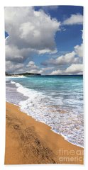 Beauty And The Beach By Kaye Menner Bath Towel