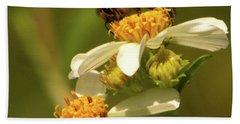 Bee Among Daisies Hand Towel