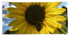 Bee And Sunflower Bath Towel