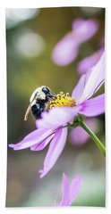 Bee On Flower Bath Towel