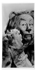 Bert Lahr As The Cowardly Lion In The Wizard Of Oz Hand Towel