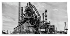 Bethlehem Pa Steel Plant  Side View In Black And White Bath Towel by Bill Cannon