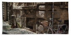 Bicycle In Rome, Italy Bath Towel
