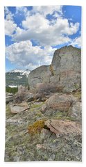Big Horn Pass Rock Croppings Bath Towel