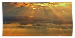 Bath Towel featuring the photograph Big Island Rays by DJ Florek