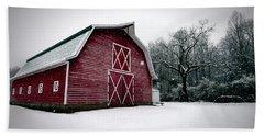 Big Red Barn In Snow Bath Towel
