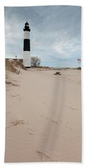 Hand Towel featuring the photograph Big Sable Lighthouse by Fran Riley