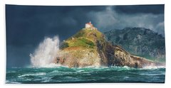Big Waves Over San Juan De Gaztelugatxe Bath Towel