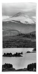 Bath Towel featuring the photograph Black And White Breckenridge by Dan Sproul