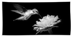 Black And White Hummingbird And Flower Bath Towel