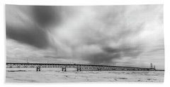 Hand Towel featuring the photograph Black And White Mackinac Bridge Winter by John McGraw