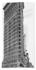 Black Flatiron Building II Bath Towel