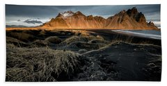 Bath Towel featuring the photograph Blackbeach And Vestrahorn by Allen Biedrzycki