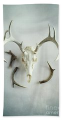 Bath Towel featuring the photograph Bleached Stag Skull by Stephanie Frey