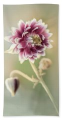 Blooming Columbine Flower Bath Towel