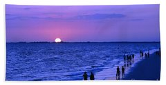 Blue Sunset On The Gulf Of Mexico At Fort Myers Beach In Florida Hand Towel
