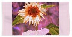 Super Star Sunflower - Sunflower Art From The Garden - Floral Photography Hand Towel