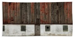 Hand Towel featuring the photograph Broad Side Of A Barn by Julie Hamilton
