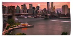 Brooklyn Bridge Over New York Skyline At Sunset Bath Towel