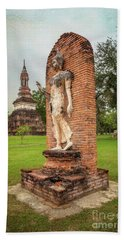 Hand Towel featuring the photograph Buddha Statue Sukhothai by Adrian Evans