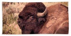 Hand Towel featuring the photograph Buffalo Eye On You by Janice Rae Pariza