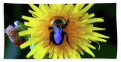 Bullseye Bumblebee Dandelion Bath Towel