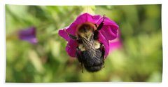 Hand Towel featuring the photograph Bumble Bee by Heidi Poulin