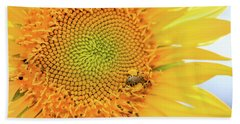 Bumble Bee With Pollen Sacs Hand Towel