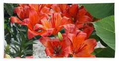 Bunch Of Lilies Bath Towel by Catherine Gagne