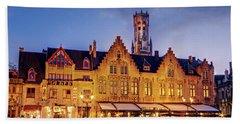 Burg Square Architecture At Night - Bruges Bath Towel