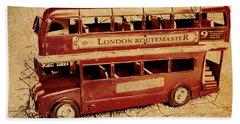 Buses Of Vintage England Bath Towel