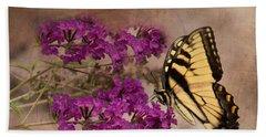 Butterfly , Eastern Tiger Swallowtail Bath Towel