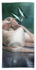 Butterfly And Ballerina Pointe Shoes Bath Towel