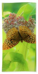 Butterfly On Wild Flower Bath Towel