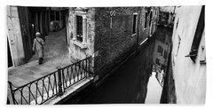 Bw Venice II Hand Towel by Yuri Santin