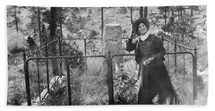 Bath Towel featuring the photograph Calamity Jane At Wild Bill Hickok's Grave 1903 by Daniel Hagerman