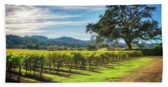 California Wine County - Sonoma Vineyard And Lone Oak Tree Bath Towel