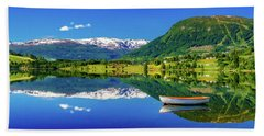 Bath Towel featuring the photograph Calm Morning On Lonavatnet by Dmytro Korol