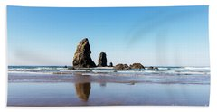 Bath Towel featuring the photograph Cannon Beach by Anthony Baatz