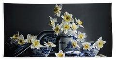 Canton With Daffodils Bath Towel