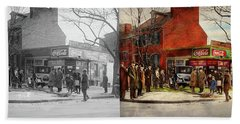 Hand Towel featuring the photograph Car - Accident - Looking Out For Number One 1921 - Side By Side by Mike Savad
