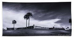 Castillo De San Marcos-b/w Bath Towel