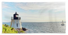 Castle Hill Lighthouse In Summer Horizontal Bath Towel